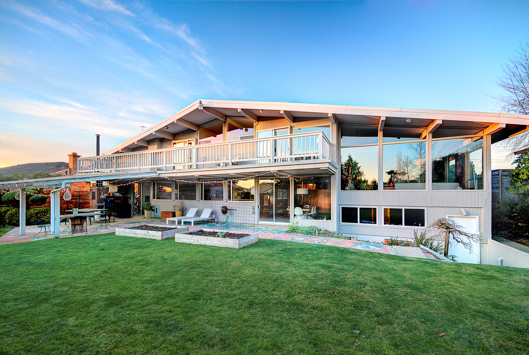 modern home tour may 27th - www.landrevillehomes